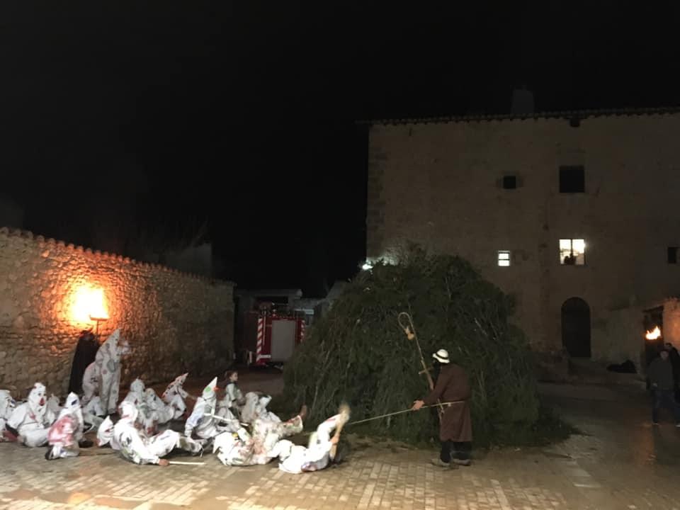 Ortells vive su fiesta de Sant Antoni y Sant Blai