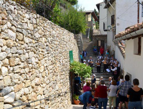 Los Ninots de l'Anunci aparecen en las calles de Morella