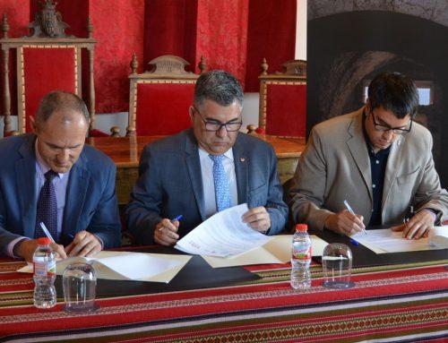 Morella rep la gestió del Castell i les Muralles del Ministeri de Cultura per a 50 anys