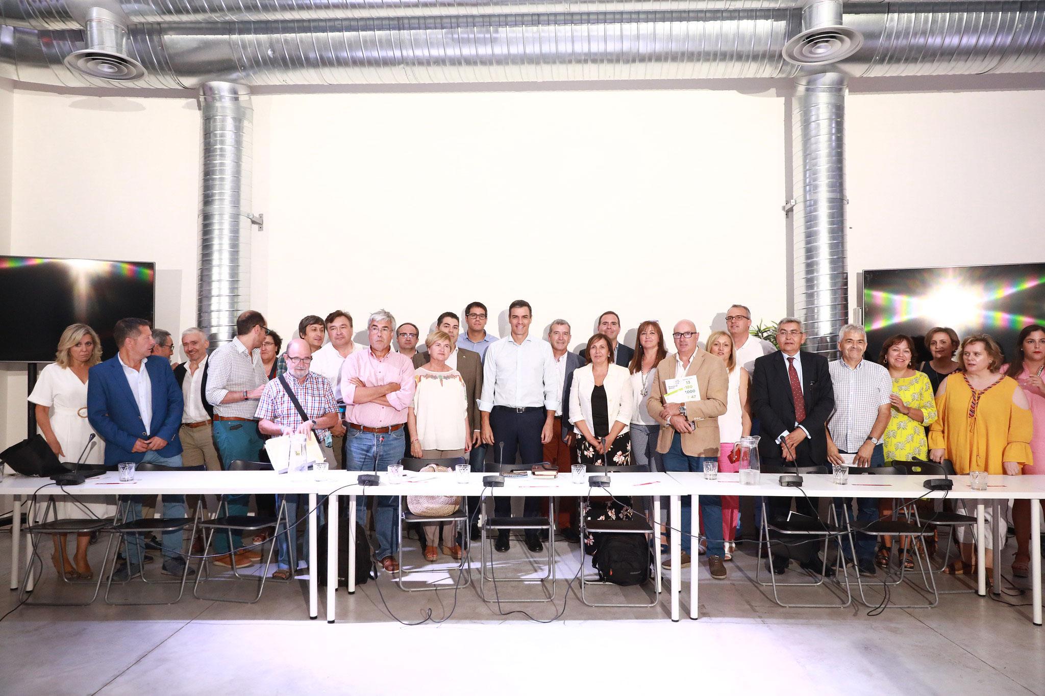 Morella participa en la mesa del Despoblament i Repte Demogràfic amb Pedro Sánchez