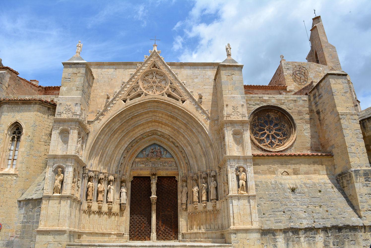Porta dels Apòstols de la Basílica Arxiprestal de Morella
