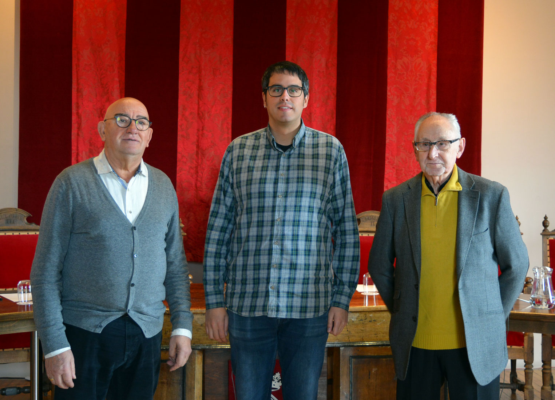 L'alcalde de Morella, Rhamsés Ripollés, junt amb el jutge de pau, Enrique Querol, i el seu substitut, Alberto Adell.