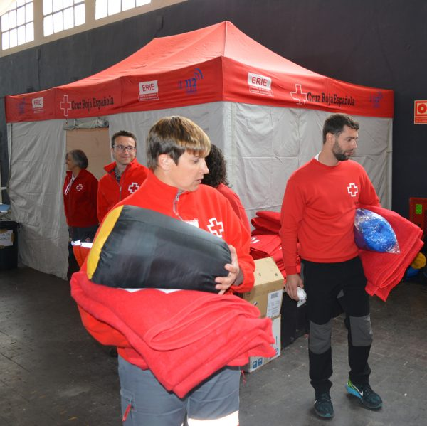Creu Roja participant en un simulacre d'incendis a Morella