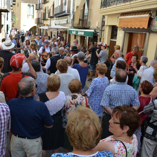 Día de la Gente Mayor en Morella con la Rondalla