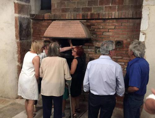 Xiva obri l'edifici del forn durant les festes