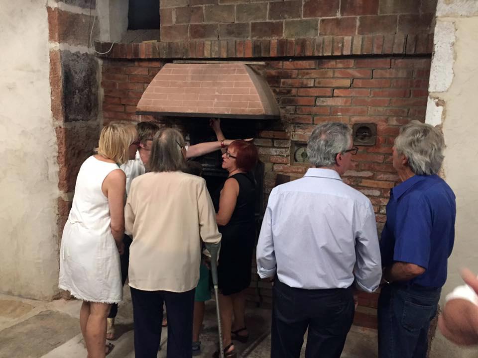 Xiva abre el edificio del horno durante las fiestas